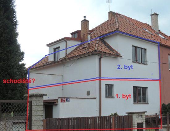 Kam s novým schodištěm u domu k pronájmu? Podél domu, nebo za dům?
